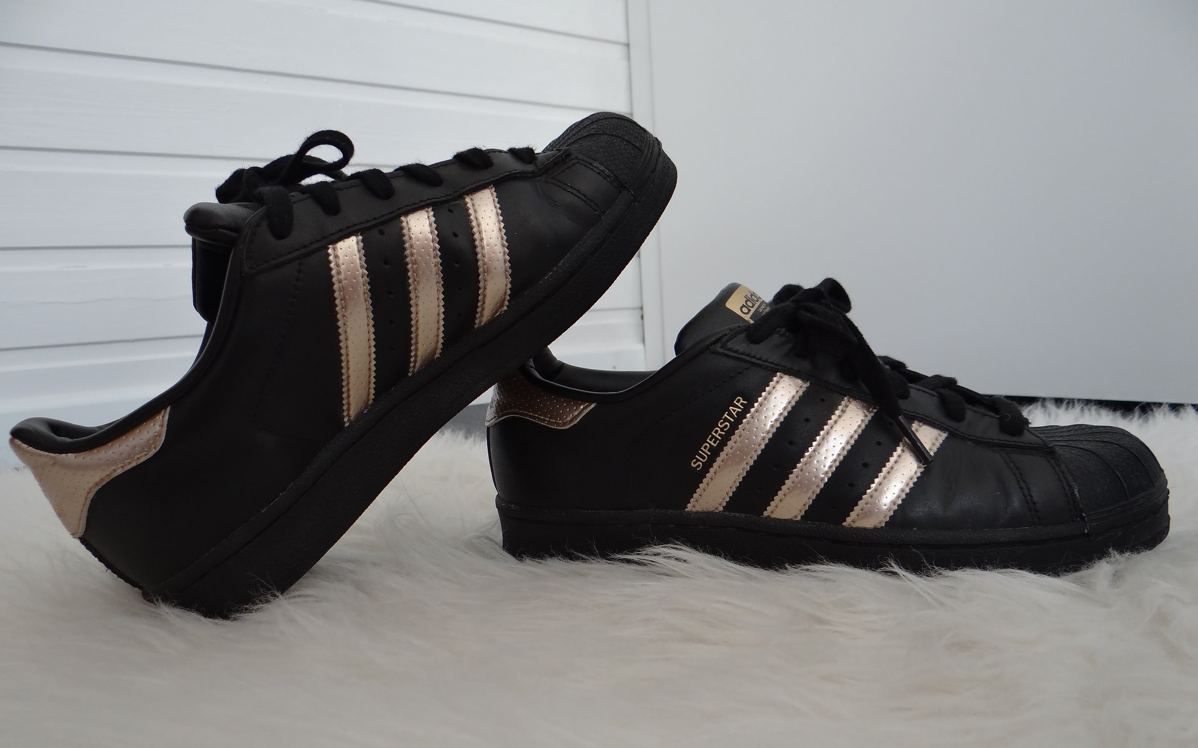 Adidas Superstar Black And Gold Buy 100 Authentic Adidas