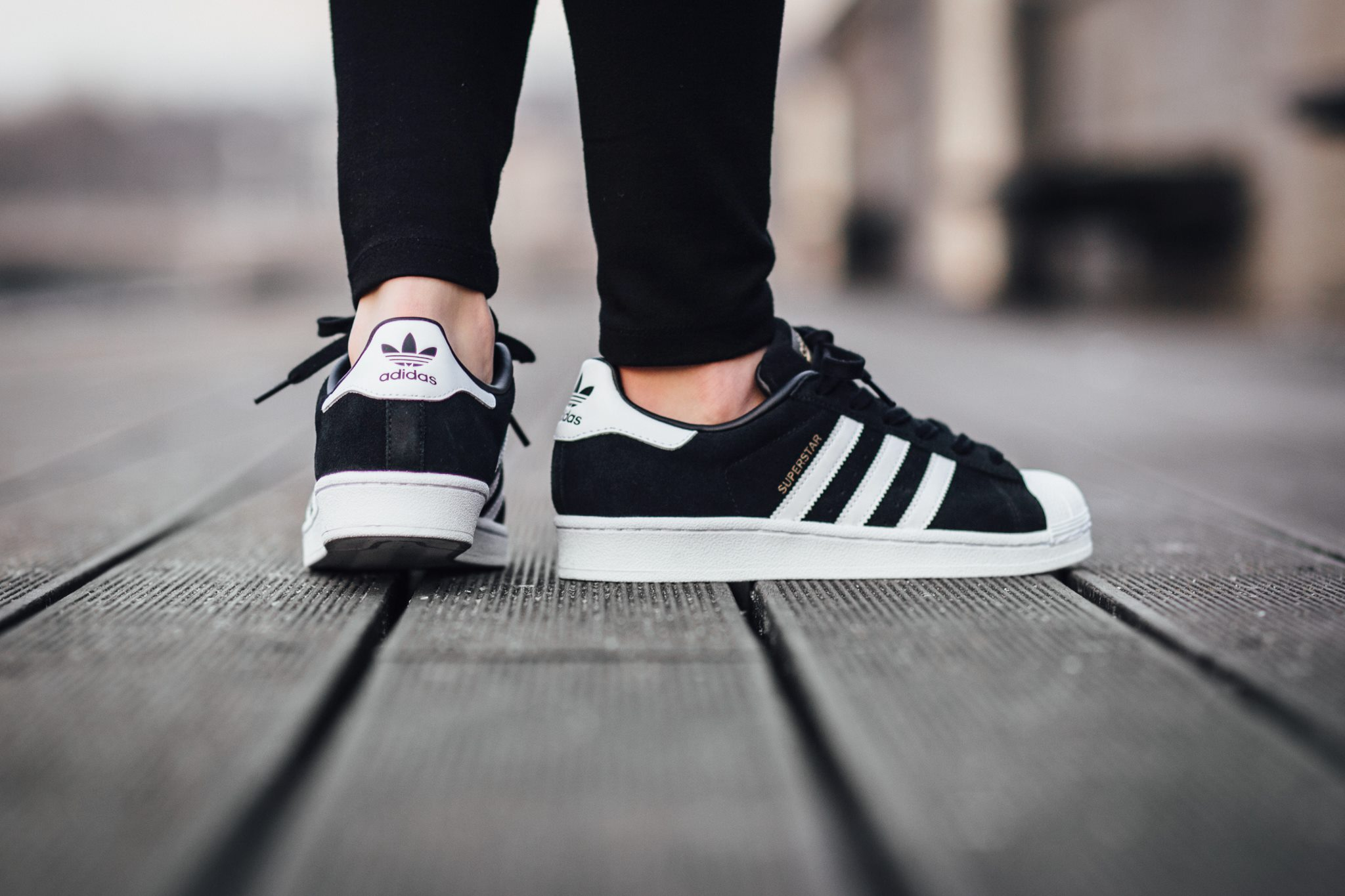 adidas superstar black and white