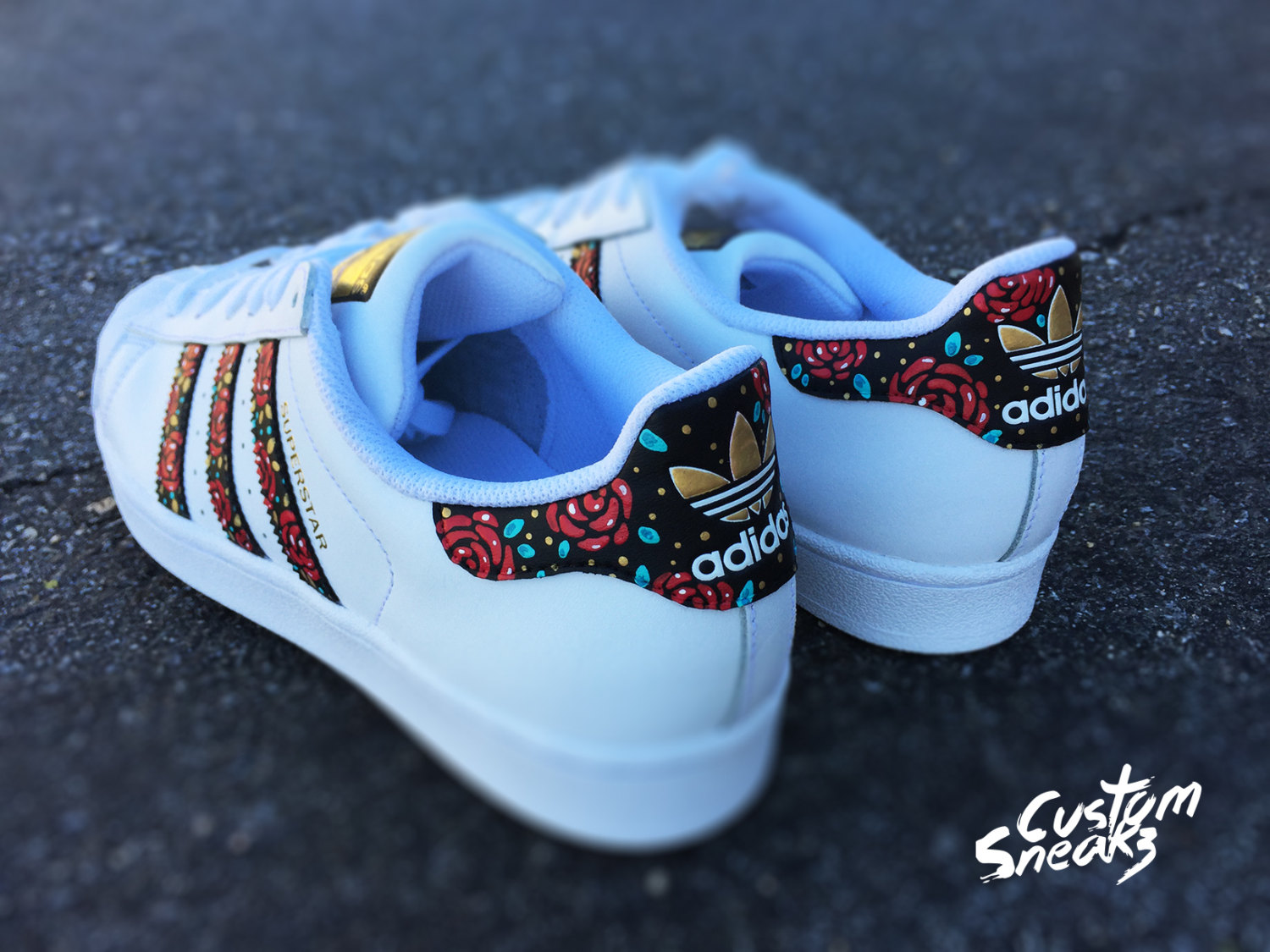 adidas superstar floral